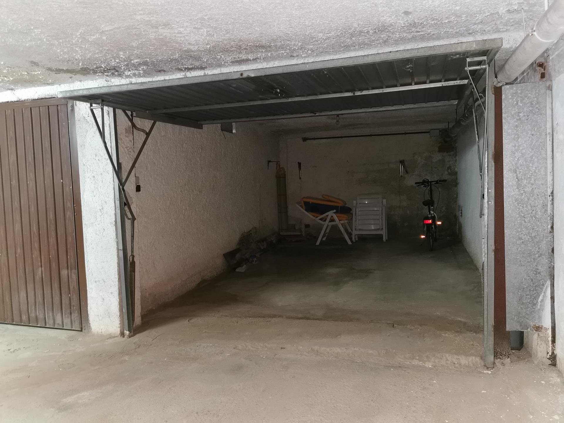 парковка -                                       Cambrils -                                       0 спальни -                                       0 человека